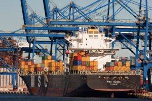 cargo-shipping-afp